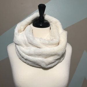 Forever 21 Winter White Cozy Infinity Scarf